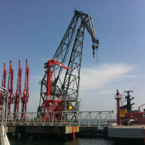 Hose Crane